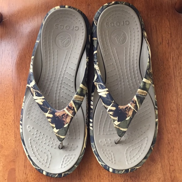087c4e2fc1d CROCS Other - Men s Crocs Baja Realtree Camouflage flip flops 12